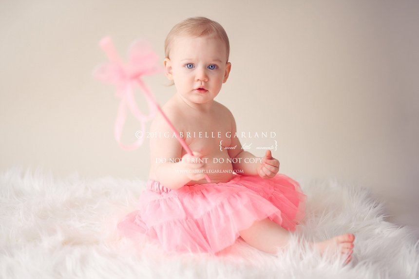 baby in pink syracuse baby photographer